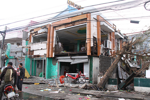 International Efforts For Typhoon Haiyan Struggle to Meet Need