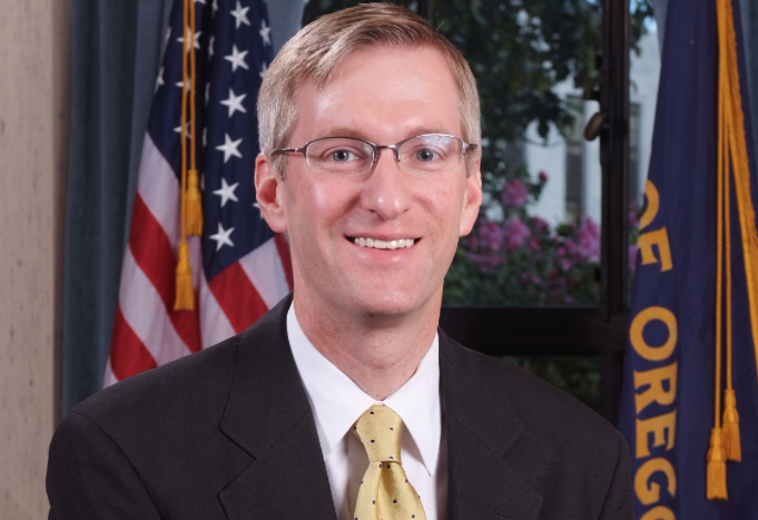 Oregon's House Bill 2960 Moves Forward