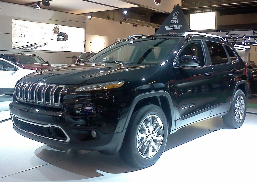 Hackers Gain Remote Access to Jeep Entertainment, Drivetrain Systems