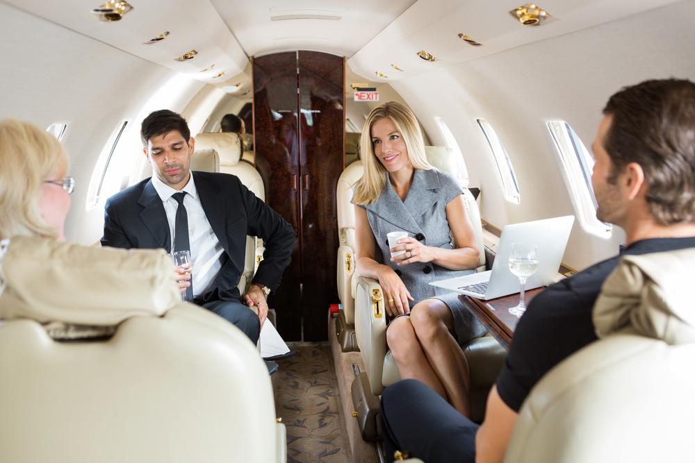 Cincinnati Couple Upgraded to Delta's Private Jet